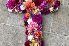 Croix multicolore