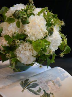 Bouquet esprit nature blanc / vert