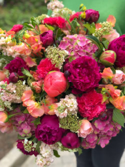 Bouquet fête des mères roses pivoines