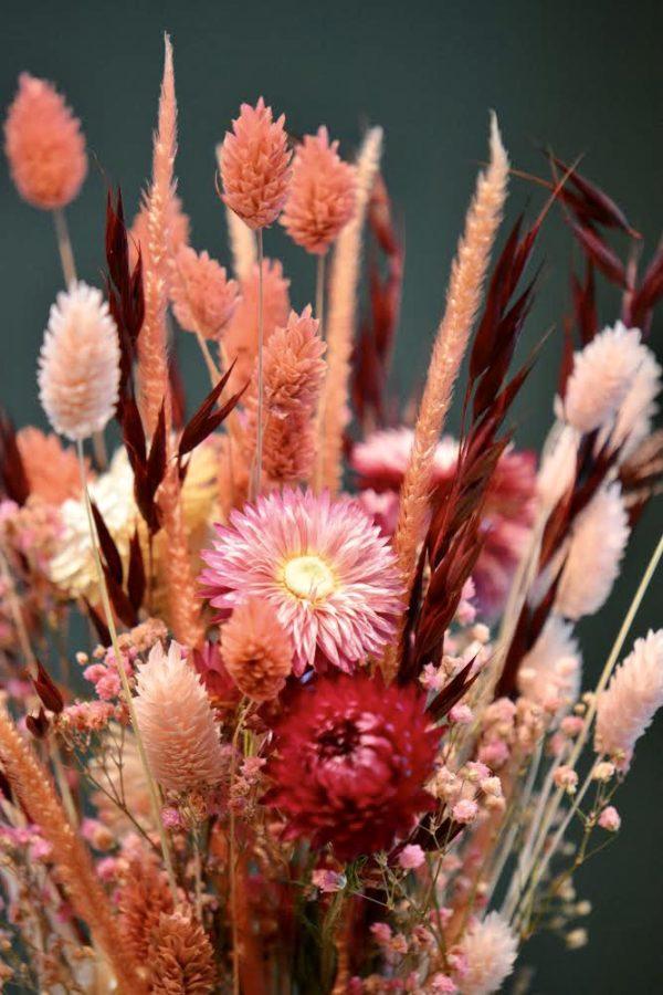 Composition fleurs séchées Saint-Valentin